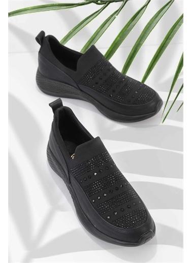 Bambi Kadın Casual Ayakkabı K01839001209 Siyah